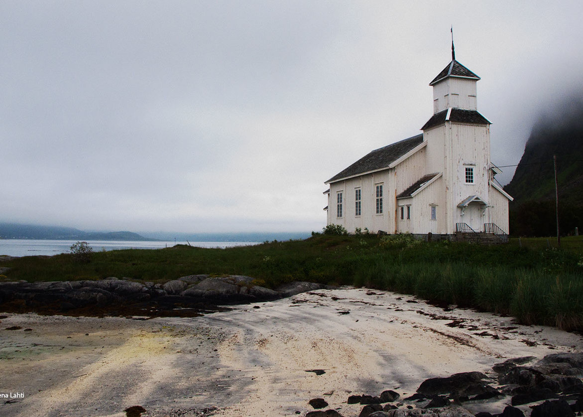 kyrka på Lofotstrand